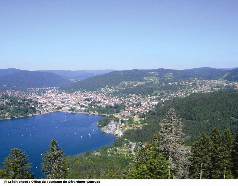 lac-de-gerardmer-vue-de-la-tour-de-merelle-182