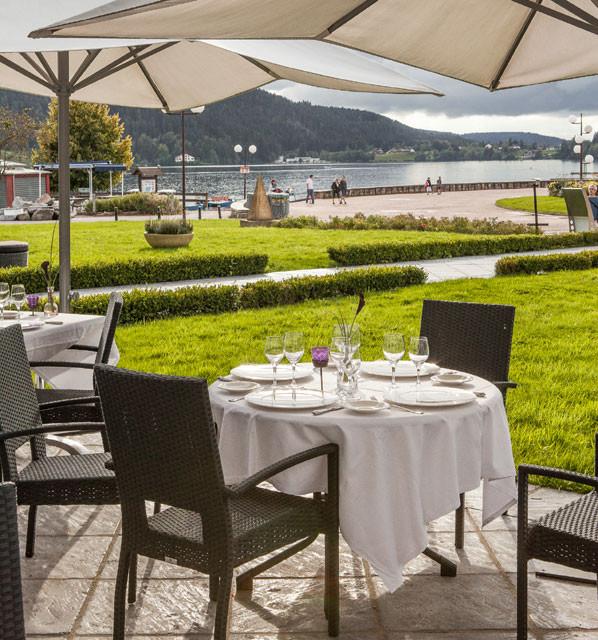 terrasse hotel beau rivage bord du lac gerardmer vosges