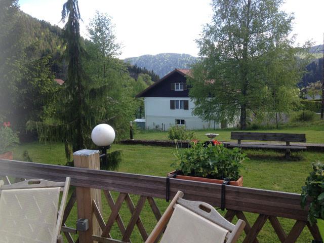 View on the garden in guest house La Devinière in Xonrupt Longemer