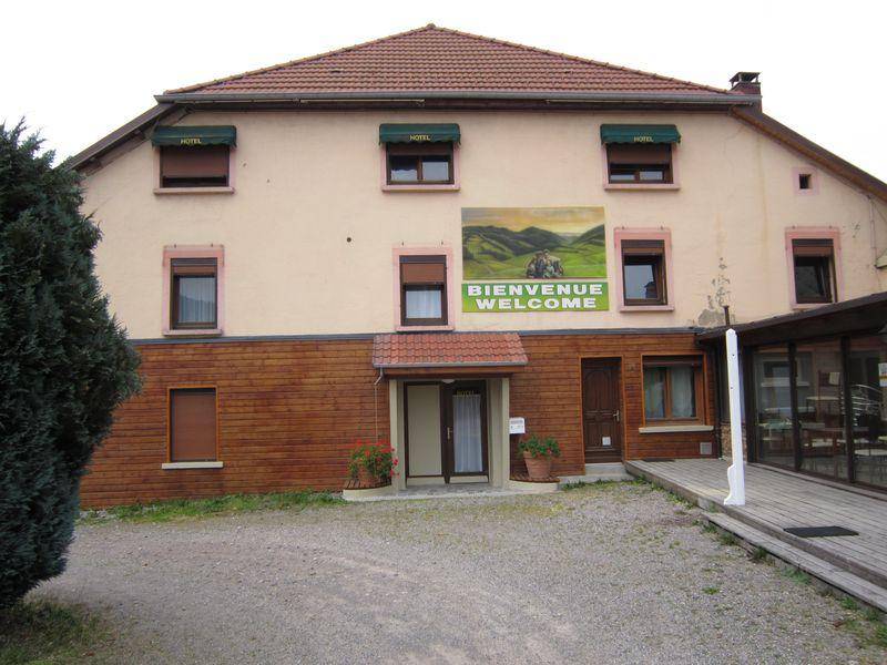 Location vacances maison individuelle 15 personnes st for Classement constructeurs maisons individuelles