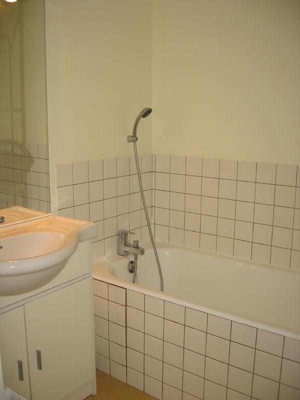 gv023-bains-243210