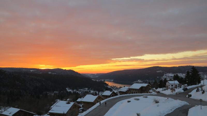 ge003-vue-lac-hiver-soleil-couchant-919250