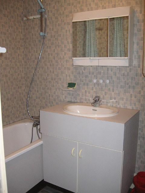 gg007-bains-147365